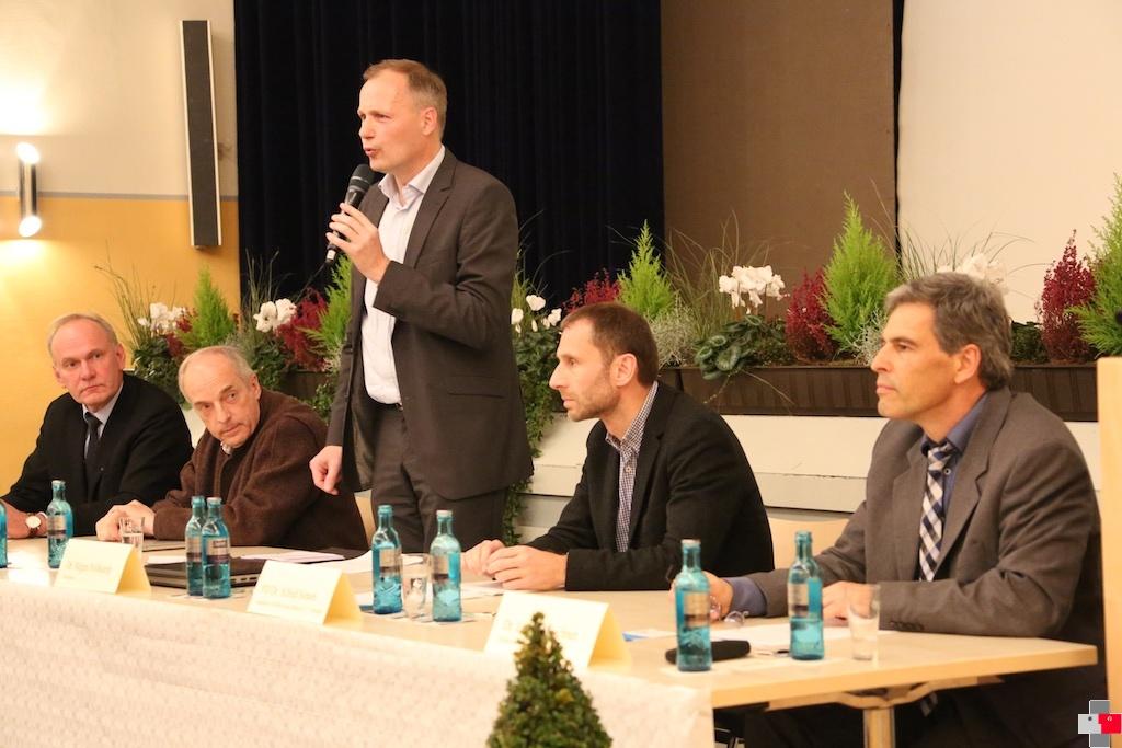 Podiumsdiskussion zur Sterbehilfe der KMF